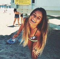Beach-beauty-bikini-brunette-Favim.com-3323078