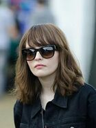 21d1ea051a77343e701e9facfd7e8e79--lauren-mayberry-hair-growing