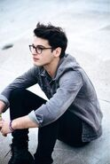3bb7323256ad531d3205fda780382d36--nerd-boy-boy-glasses