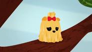 S2 E20 Pomeranian stuck