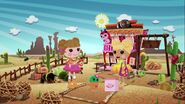 Lalaloopsy S2E4 - Life of the Parties - Mari drops off Prairie's supplies