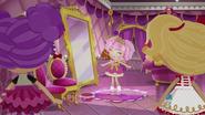 NS1E09B Jewel contenta en espejo