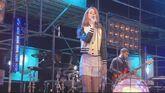 Lana-del-rey-blue-jeans-live-at-la-musicale-speciale3
