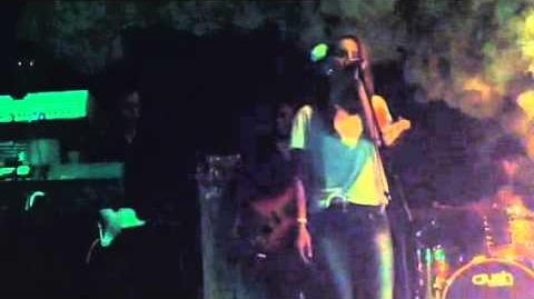 Lana Del Rey LIVE debut at Glasslands (1)