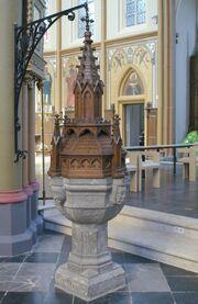 Parochiekerk Sint-Ursula (Lanaken) Doopvont