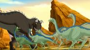 Carnotaur sees ornithomimids