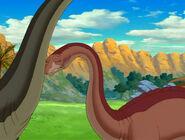 Sue bumps into Ultrasauros
