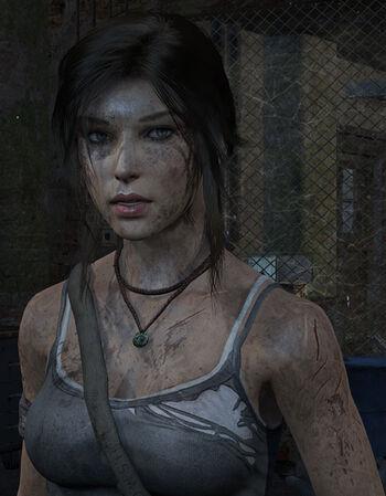 Lara in trouble лара крофт