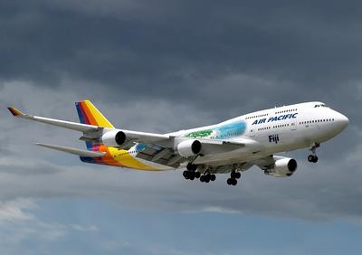 747 2