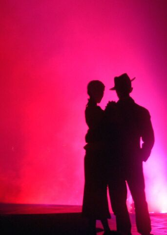 File:Tango+show+in+Buenos+Aires-7114.jpg