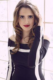 Laura YSB Now (4)