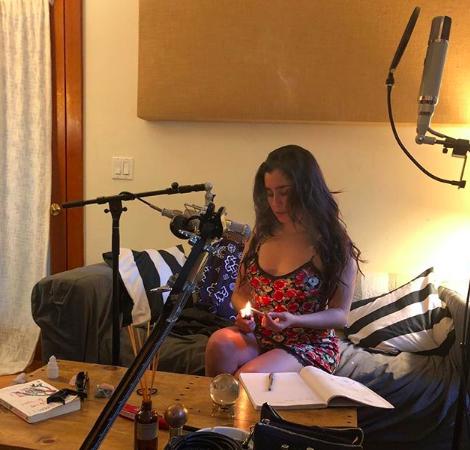 File:Lauren in the Studio For LJ1.png