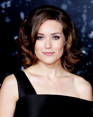 Megan Boone Law And Order Fandom
