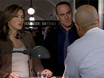 Detectives Benson and Stabler Smoked
