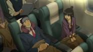 Phoenix und Maya im Flugzeug