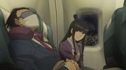 Phoenix und Maya im Flugzeug nach London