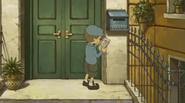 Luke am Briefkasten