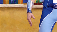 Sportacus moving his hand