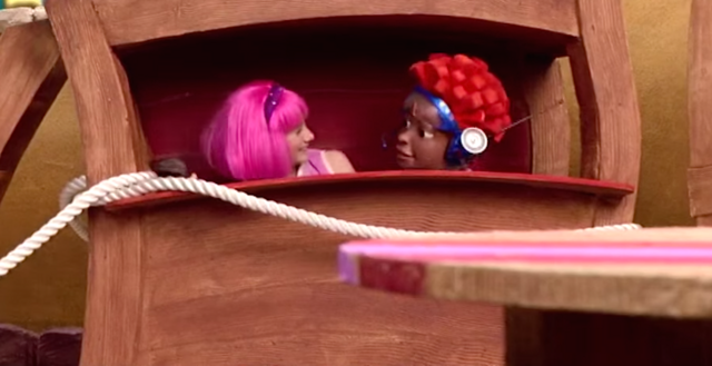 File:Nick Jr. LazyTown Pixel and Stephanie 6 - My Treehouse.png
