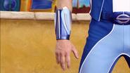 Sportacus hand 2