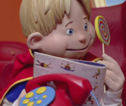 Nick Jr. LazyTown Ziggy Reading Maggi Mjói Book