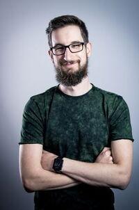 Ian Holowka