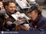 Us-actor-rip-torn-writes-autographs-prior-to-the-photo-call-of-the-D4JJ1J