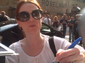 Julianne Moore signing autographs