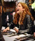 Rachelle-lefevre-signing-autographs