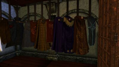 Cloaks dresser right