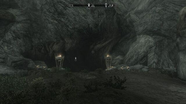 File:Reach Cliif Cave.jpg