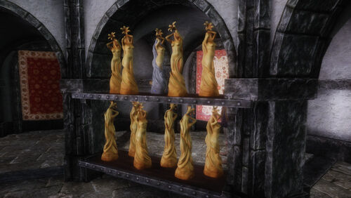 Dibella statues