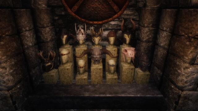 File:Recep-busts.jpg