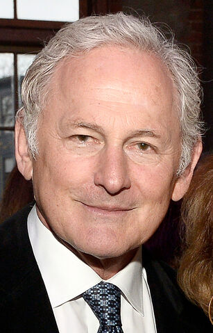 File:Victor Garber April 2015 (cropped).jpg