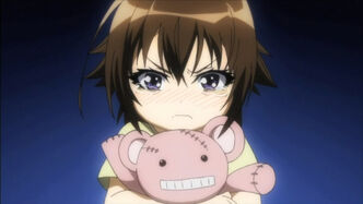 Medaka box-07-mogana kikaijima-child-tears-sad-fear-stuffed animal-cute-adorable