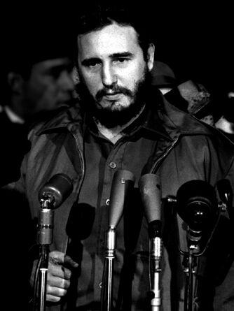 1200px-Fidel Castro in Washington