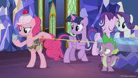 Season 8 promo image - Pinkie Pie taking measurements