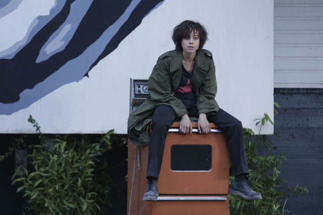 File:Promotional Image 1x02 Chapter 2 (6).jpg
