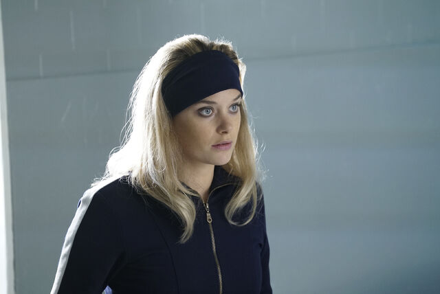 File:Promotional Image 1x01 Chapter 1 (5).jpg