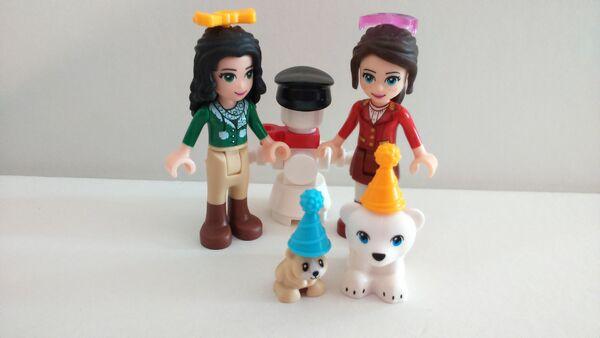 41131 Figurines TSQ