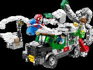 76015 Le braquage du camion par le Docteur Octopus