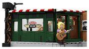 LEGO-21319-Friends-Central-Perk-Exterior
