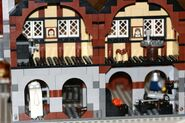 Mittelalterlicher Marktplatz braunes Haus 10193