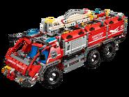42068 Le véhicule de secours de l'aéroport