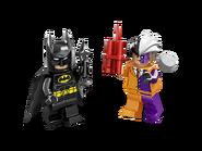 6864 La poursuite de Double-Face en Batmobile 4