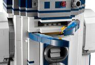 10225 R2-D2 18