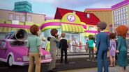 41118 Le supermarché de Heartlake City
