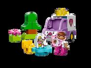 10605 Rosie l'ambulance de Docteur La Peluche