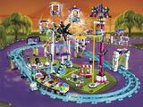 41130 Les montagnes russes du parc d'attractions