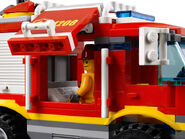 4208 Le camion de pompier tout-terrain 4